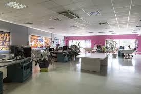 ambiance bureau espaces de création et de fabrication textiles dans le rhône