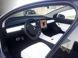 tesla model 3 el interior es una enorme pantalla pensabas que