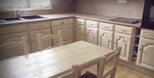 peindre cuisine chene peindre un meuble cire avec cuisine relooking meuble cuisine des id