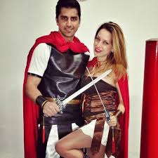 Gladiator Halloween Costume 50 Awesome Couples Halloween Costumes Couple Halloween