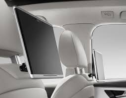 video audi q7 u0027s portable rear seat tablets in action
