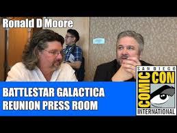 Battlestar Galactica Meme - ronald d moore battlestar galactica reunion sdcc 2017 youtube