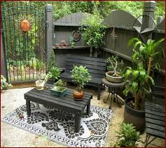 Inexpensive Backyard Ideas Small Patio Design Ideas On A Budget Interior Design