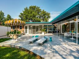 Rugs In Dallas Swell Midcentury Time Capsule House In Dallas Lists For 665k Curbed