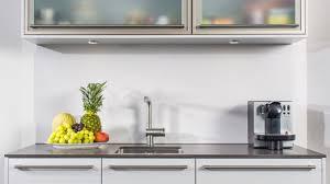 bureau en ch e massif enchanting büroküchen teeküche bonn büroküche und kleinküchen burek