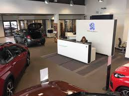 peugeot dealers hamble motors launches upgraded showroom motor trade news