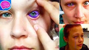 this model got an eye tattoo that messed up her eye don u0027t try