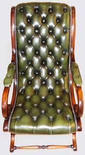 canapé cuir anglais chesterfield canape chesterfield cuir vieilli 14 fauteuils anglais cuir table