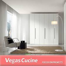 chambre de garde luxe blanc peint 6 porte chambre mur garde robe conception buy
