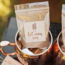 wedding favors diy 15 diy wedding favors that even the least crafty couples can