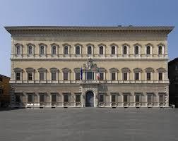 cortile palazzo farnese inventer rome visiter le palais farnèse
