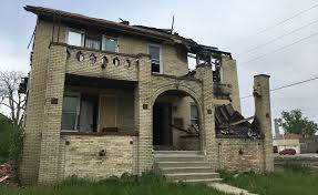 Houses by Duggan Detroit To Board Up Every Abandoned House In 2 Years
