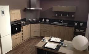 cuisine schmidt avignon photo cuisine en bois cuisine en bois classique with photo
