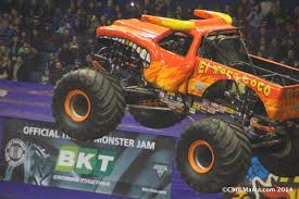 monster truck show january 2015 chiil mama incoming win 4 monster jam tickets for allstate arena