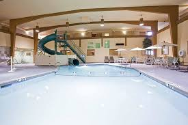 Comfort Inn Great Falls Mt Hotel Pool And Waterslide Picture Of Holiday Inn Great Falls