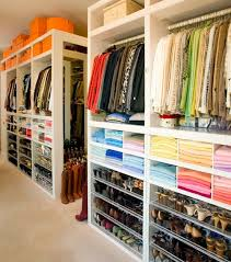 how to organise your closet organize your clothes going light to dark from left to right in