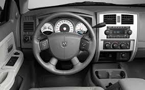 dodge dakota reviews 2005 2005 dodge dakota 2005 nissan frontier road test truck trend
