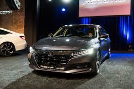 autos designen five design details to on the 2018 honda accord automobile