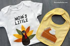 diy thanksgiving baby bib and onesie