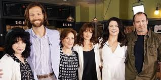 gilmore girls thanksgiving episodes the u0027gilmore girls u0027 cast reunited at atx and we totally followed