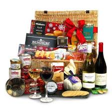 christmas wine gift baskets 55 handpicked ways to turn up wine gift baskets