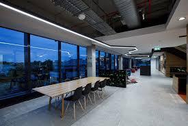 eclairage led bureau fabricant luminaire led solution éclairage intérieur luminaire