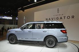 lincoln navigator back 2018 lincoln navigator is more ghetto than an escalade in new york