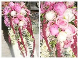 vintage country style wedding flowers berkshire