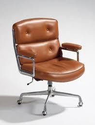 fauteuil de bureau charles eames charles eames lobby chair 675 édition herman miller 1960 suite de