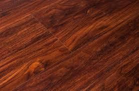 8mm naturesort laminate flooring mahogany look floors