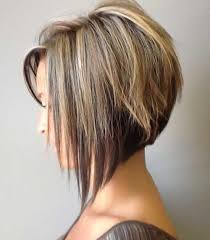 how to stlye a stacked bob with wavy hair short haircut styles stacked short haircuts stacked bob haircuts