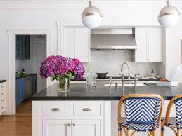 how to make shaker style kitchen cabinets 15 kitchens with shaker style cabinets
