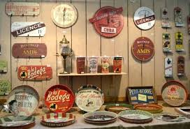 plaque deco cuisine retro deco cuisine retro deco kitchen bold color and