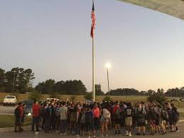 Making A Flag Pole Students Nationwide Join In Prayer At Flagpoles For Annual