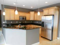 Maple Cabinet Kitchen Maple Kitchen Cabinets And Wall Color Kitchen Remodel Idea For
