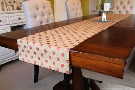 Dining Room Table Runner by Decorating Awesome Round Table With White Cover And Tan Burlap