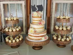 wedding cake and cupcakes 10 brilliant wedding cake bakeries in