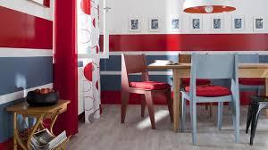 repeindre une table de cuisine en bois repeindre une chaise en bois hissez les couleurs