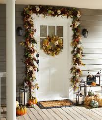 Wreaths Garlands Fall Decorating With Wreaths And Garlands Pier 1 Imports