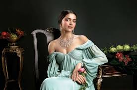 film hot terbaru hollywood deepika padukone photos hottest pics sexy outfits stunning