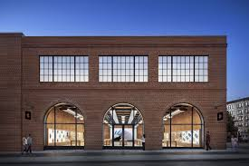 apple opens norman foster u2013designed see through store on chicago u0027s