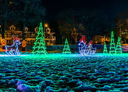 festival of lights niagara falls the top places to see holiday lights in southern ontario the