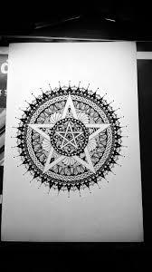 25 melhores ideias de tatuagem pentagrama no pinterest tatuagem