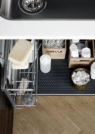 rangement sous evier cuisine rangement cuisine les 40 meubles de cuisine pleins d astuces