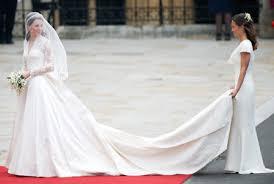 wedding dress kate middleton want to see kate middleton s wedding dress in person