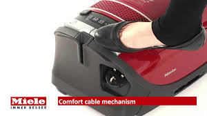 Miele Vacuum by Miele S8320 Cat And Dog Vacuum Cleaner Youtube