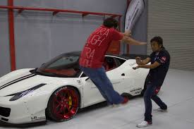 fake ferrari body kit watch a ferrari 458 get a liberty walk body kit timelapse