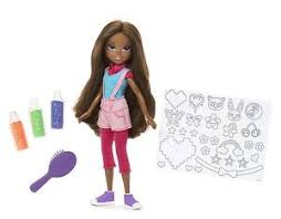 moxie girlz glitterin style doll bria decorate clothes