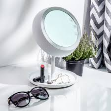 Vermont travel mirror images High tech mirrors for better makeup foundation makeup the jpg