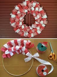 diy wreaths 30 unique wreaths to make this season tiphero
